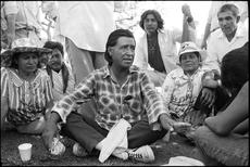 Cesar-Chavez-1000-mile-march.jpg